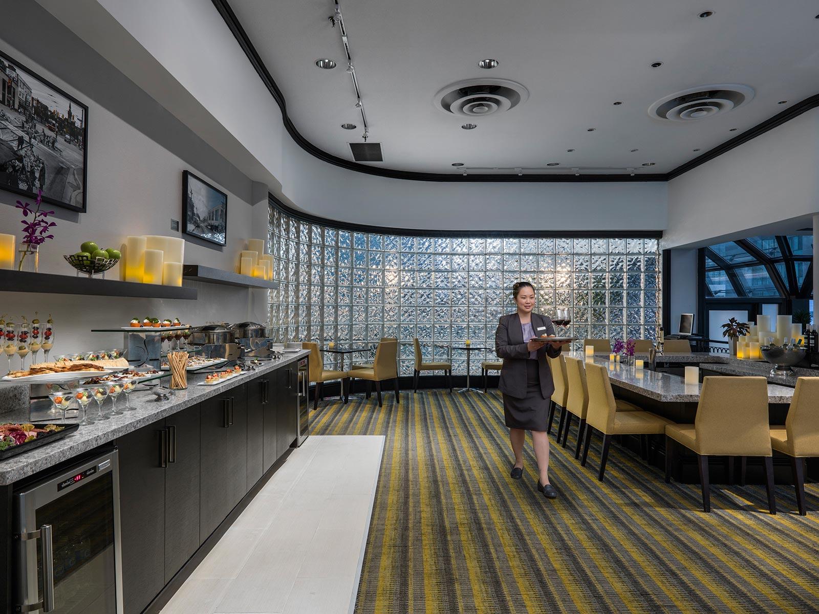 Downtown Toronto Hotel Club Room Benefits